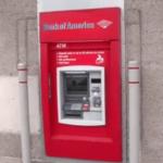 【テキサス】ATM でお金を引き出したら「助けて!」と書かれた紙が出てきた!【救出】