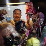 【シンガポール】9000体の人形に占拠された部屋で暮らす男性【バービー】